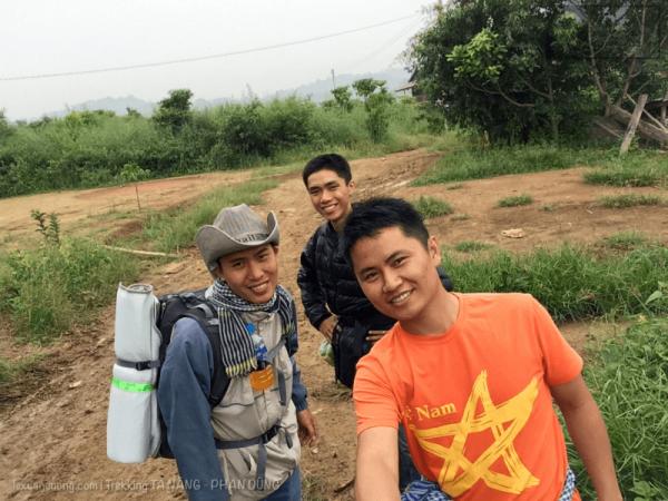 Xuất phát Trekking Tà Năng Phan Dũng