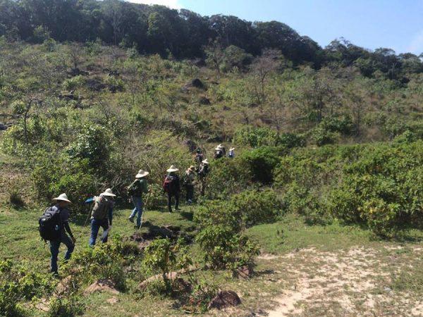 Kinh nghiệm trekking leo Núi Chúa Ninh Thuận chi tiết & đầy đủ.