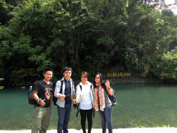Suối Lê Nin trong khu du lịch Pắc Bó, Cao Bằng.