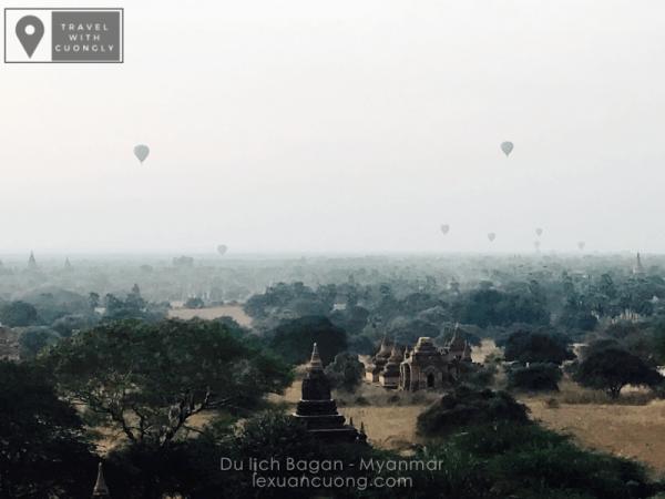 Cả vùng đất Bagan với hàng ngàn đền đàn huyền bí trong sương sớm