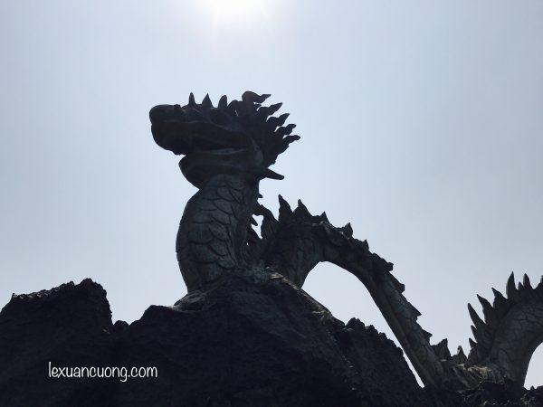 Du lich Ninh Binh Hang Mua 4 600x450 1 - Đi Ninh Bình nhớ phải leo núi Ngoạ Long - Hang Múa ngắm Tam Cốc từ trên cao