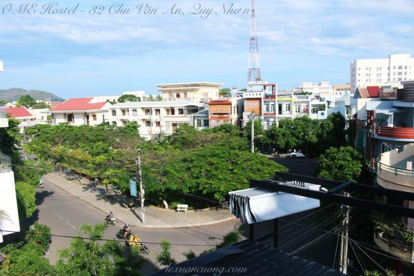View từ sân thượng OME hostel Quy Nhơn.