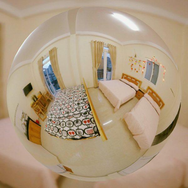 Phòng Studio 4 quarters Đà Lạt có thể chứa 4-6 người.