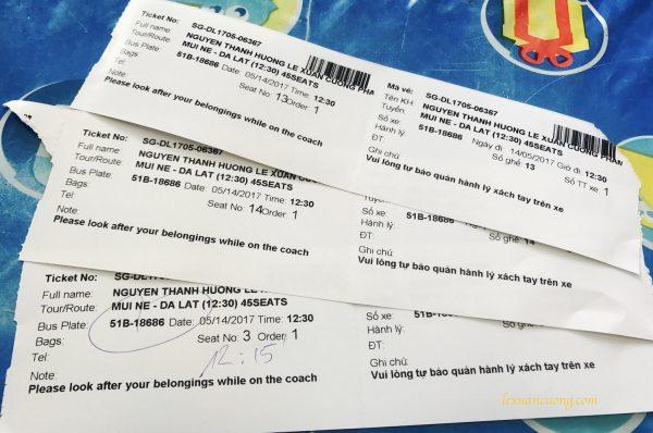 Vé giấy xe The Sinh Tourist được in ra gồm có 2 liên.
