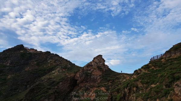 Eo Gió, Nhơn Lý với những vách đá cao hùng vỹ