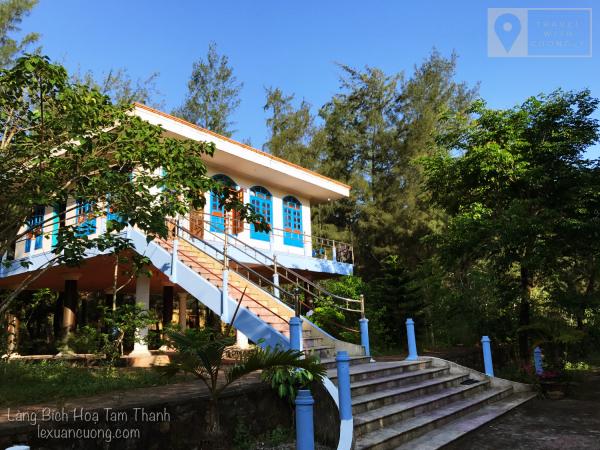 Ngôi nhà kiểu cũ tại Tam Thanh Natural Beach resort