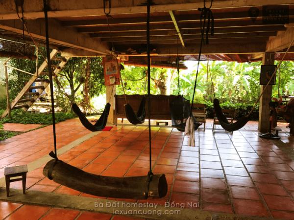 Võng ở tầng trệt Nhà sàn ở Bà Đất homestay Đồng Nai