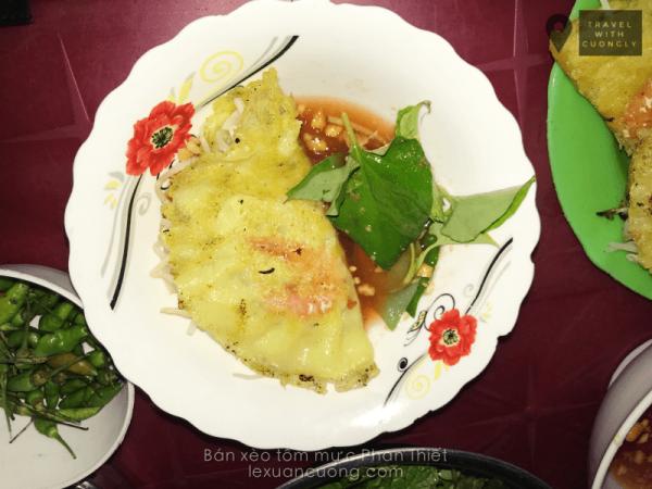 Cách ăn bánh xèo của người Phan Thiết