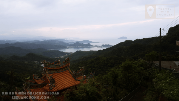 Biển nhìn từ Phố cổ Cửu Phần, Đài Bắc, Đài Loan
