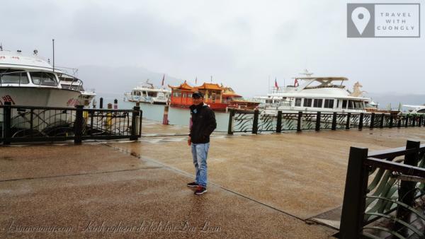 Hồ Nhật Nguyệt, nếu có thời tiết đẹp, đây là điểm đến cực kỳ hấp dẫn của chuyến đi này.