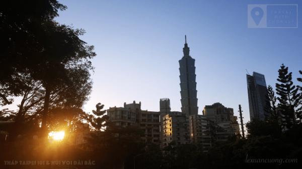 Tháp Taipei 101 từ phía Núi Voi.