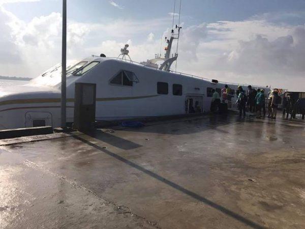 Cảng Trần Đề, Sóc Trăng - nơi bắt tàu đi Côn Đảo.