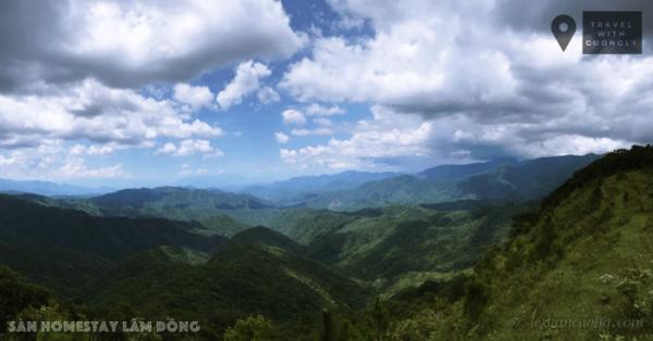 Khung cảnh trên đường trekking núi Chây Dzưi, Sàn homestay
