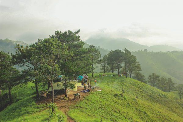 Cắm trại giữa núi rừng Tà Năng.