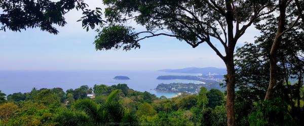 Karon View point, nơi có thể nhìn thấy các bãi biển ở Phuket.