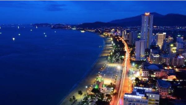 Khách du lịch Việt Nam 1 600x340 - Du khách quốc tế đến Việt Nam tăng trưởng mạnh mẽ