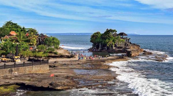 Đền Tanah Lot - Du lịch bali