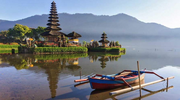 Đền Ulun Danu Bratan - du lịch Bali tự túc