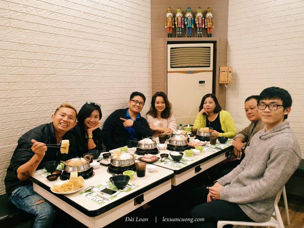 Bữa tối ở Natou city, thưởng thức lẩu 1 người ở Đài Loan.