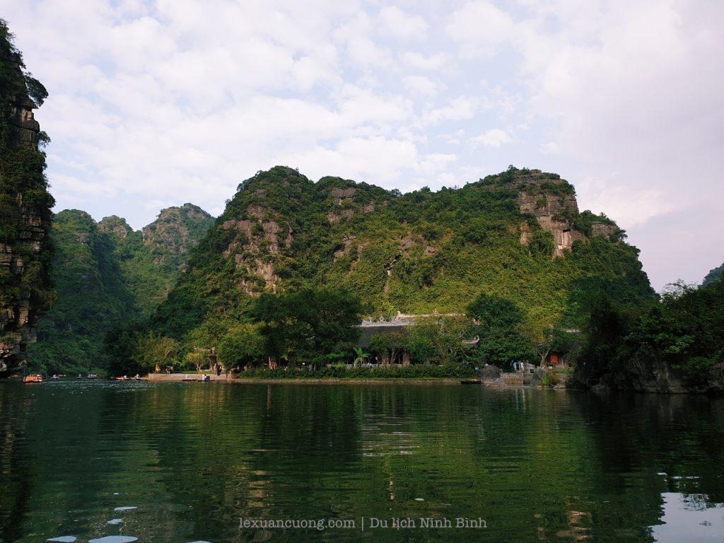 kinh nghiem du lich ninh binh 13 1024x768 - Kinh nghiệm du lịch Ninh Bình 2 ngày cuối tuần: Tràng An, Tam Cốc, tắm vua Sao Sa