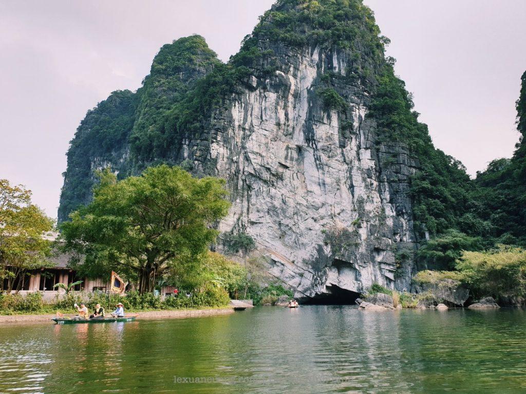 kinh nghiem du lich ninh binh 43 1024x768 - Kinh nghiệm du lịch Ninh Bình 2 ngày cuối tuần: Tràng An, Tam Cốc, tắm vua Sao Sa