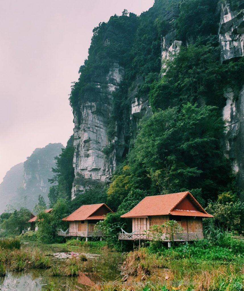 kinh nghiem du lich ninh binh 7 858x1024 - Kinh nghiệm du lịch Ninh Bình 2 ngày cuối tuần: Tràng An, Tam Cốc, tắm vua Sao Sa