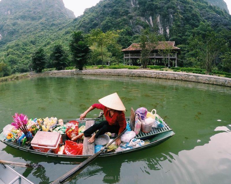 kinh nghiem du lich ninh binh 8 1024x816 1 - Kinh nghiệm du lịch Ninh Bình 2 ngày cuối tuần: Tràng An, Tam Cốc, tắm vua Sao Sa