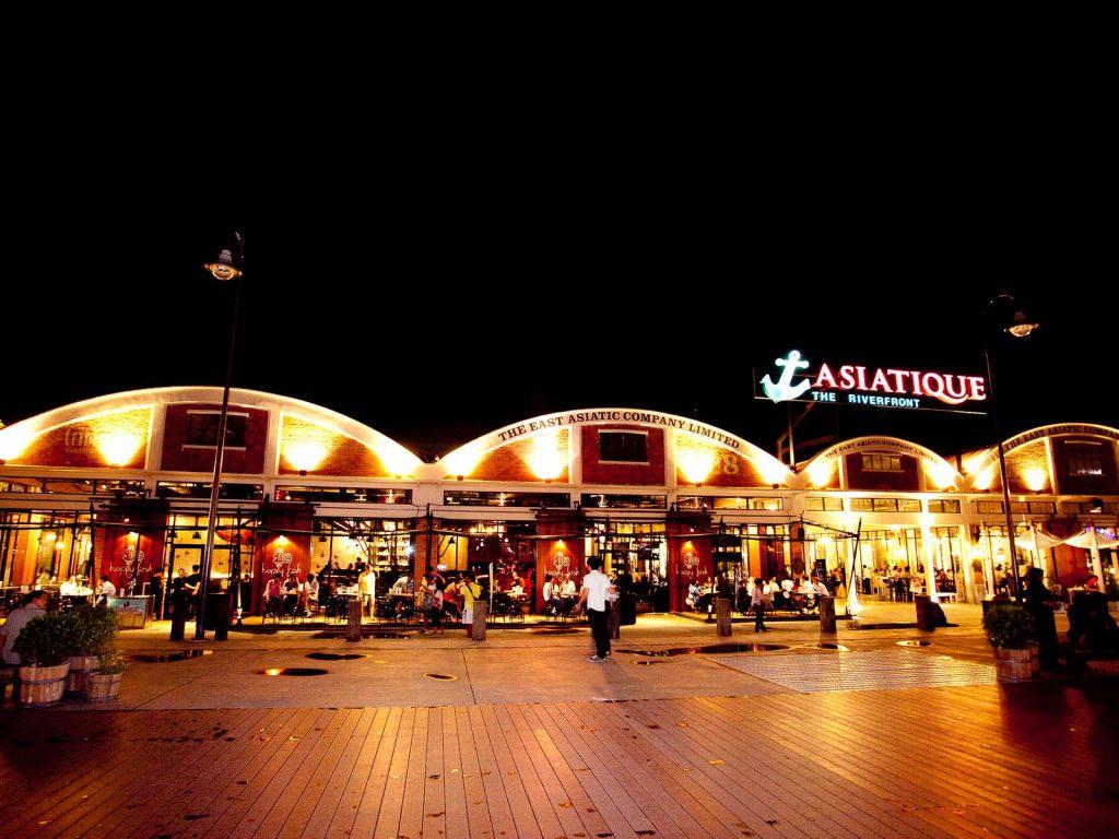 Asiatique là mô hình kết hợp thành công giữa trung tâm mua sắm và chợ đêm tại Bangkok @internet